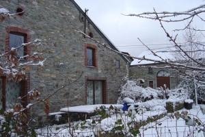 Terras huisje 2 onder de sneuw