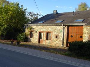 Les Lhommalinnes facade van de huisjes